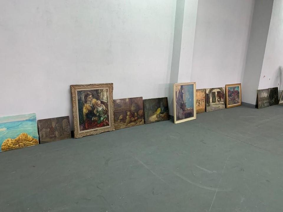 ГФС задержала незаконный ввоз картин в Украине / фото facebook.com/SFSofUkraine