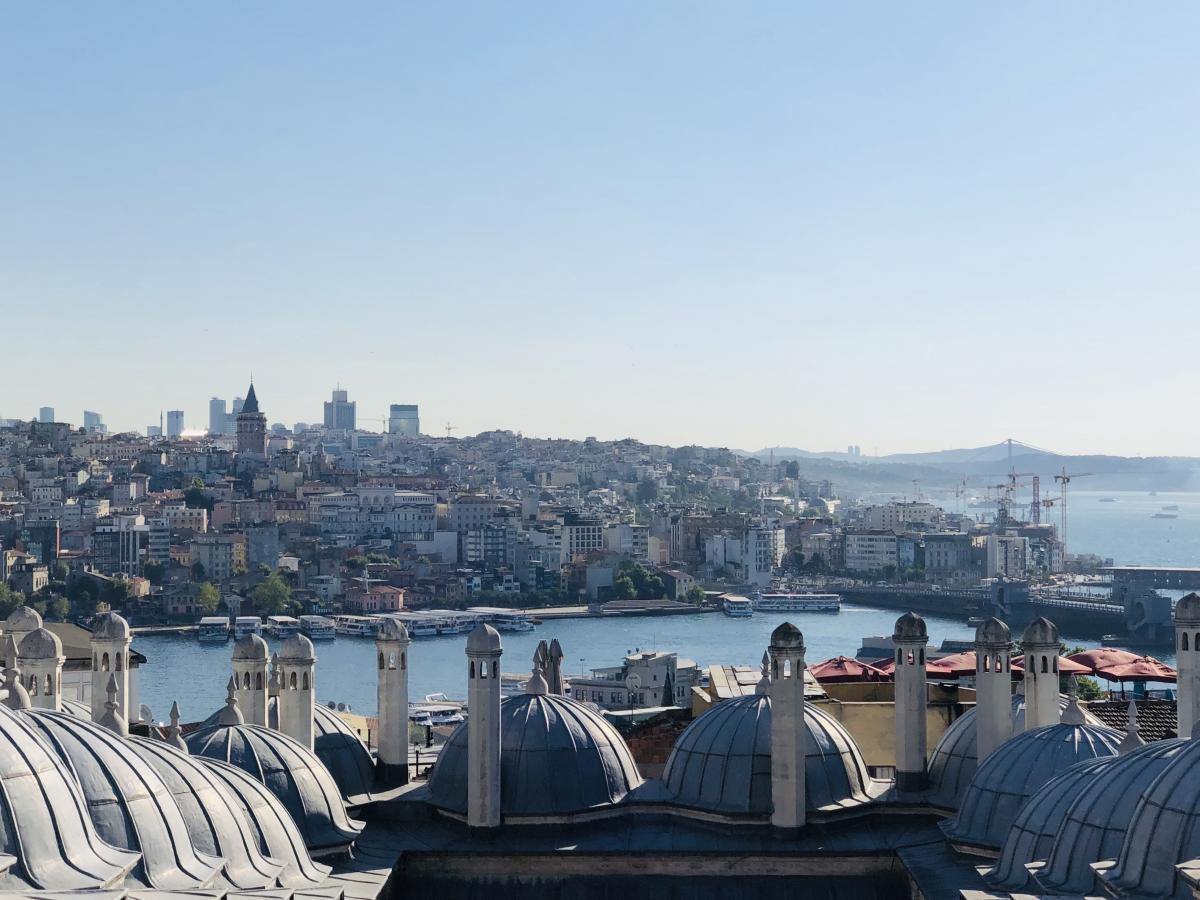 Стамбул – город, где переплелись европейская и восточная культуры / Фото Вероника Кордон