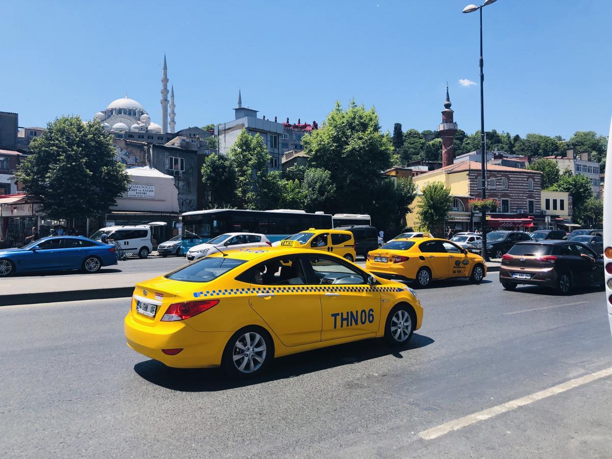 Не берите такси рядом с достопримечательностями / Фото Вероника Кордон