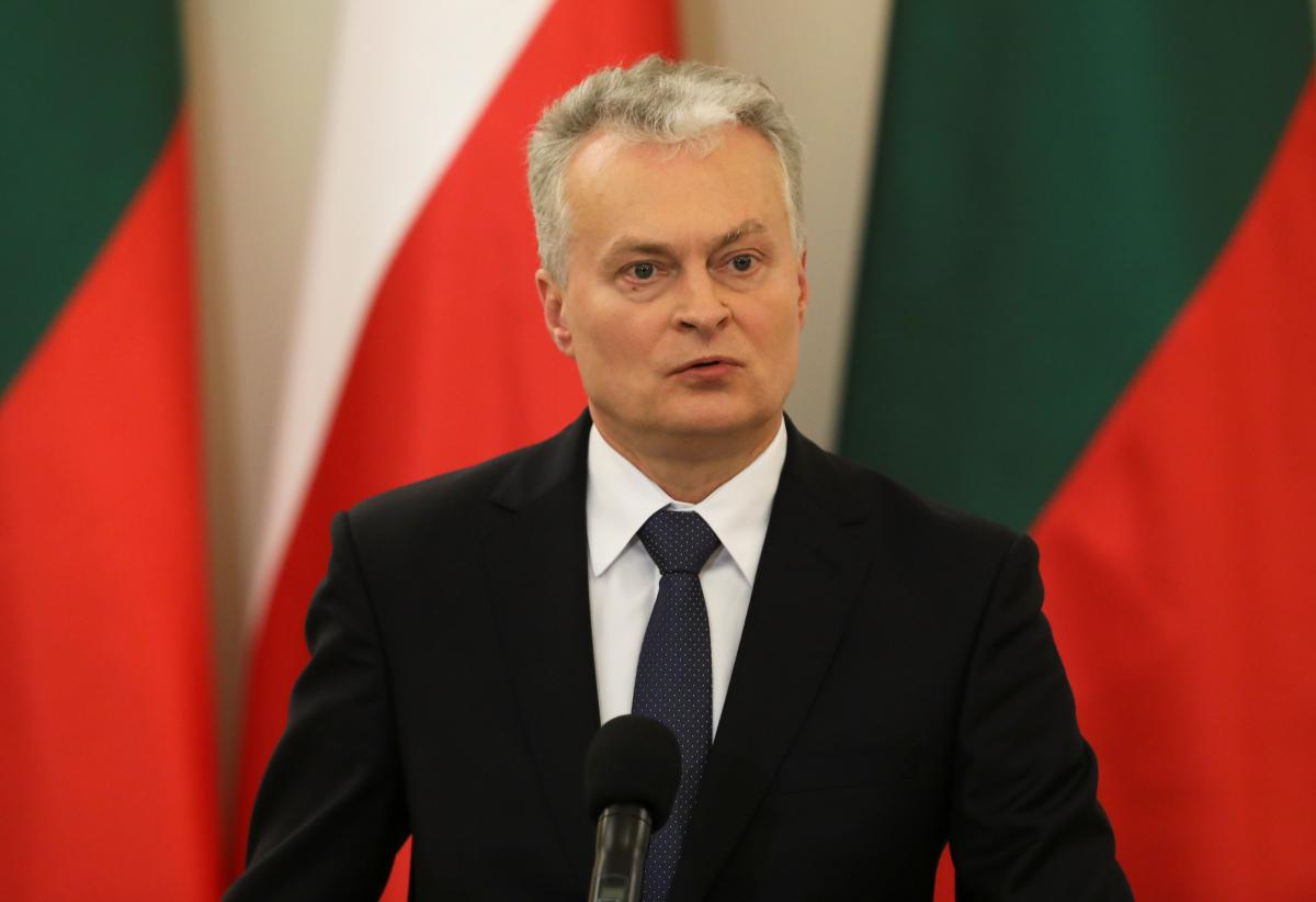 Lithuanian president says Putin can be called killer / REUTERS