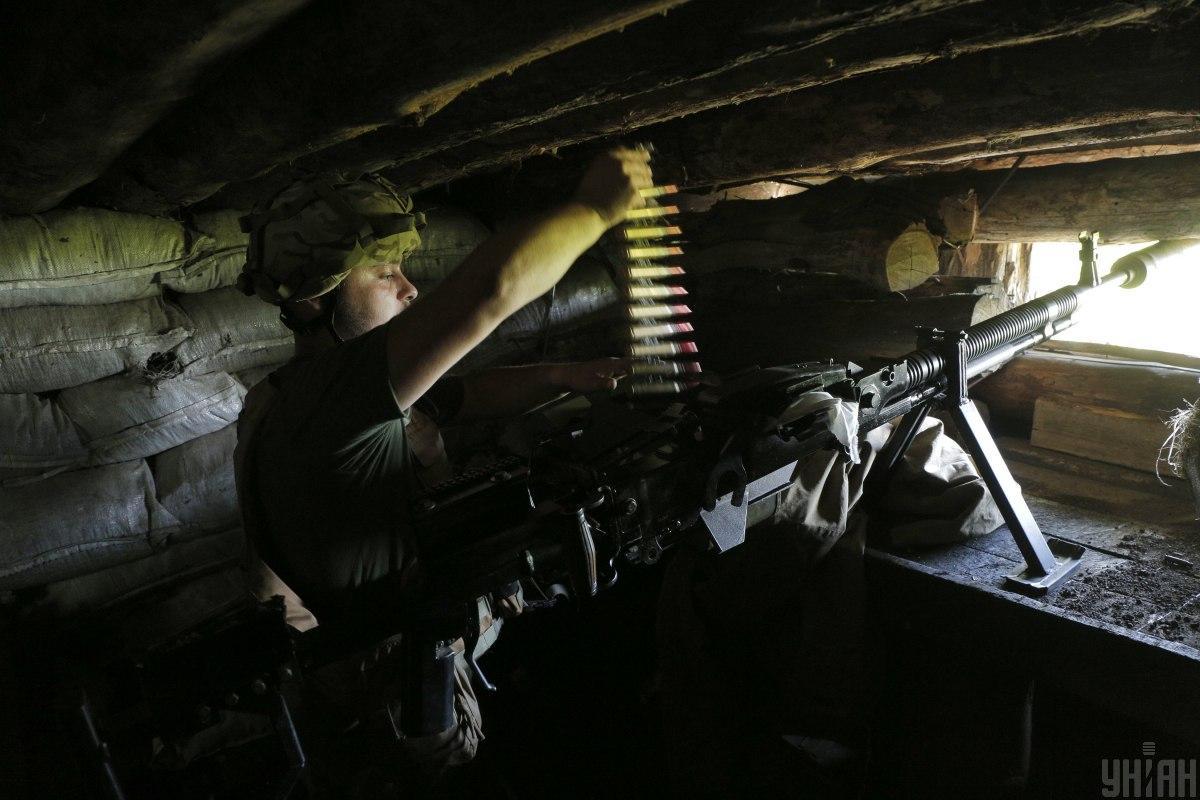 Украинских военных обстреливали из минометов, БМП и гранатометов / фото УНИАН