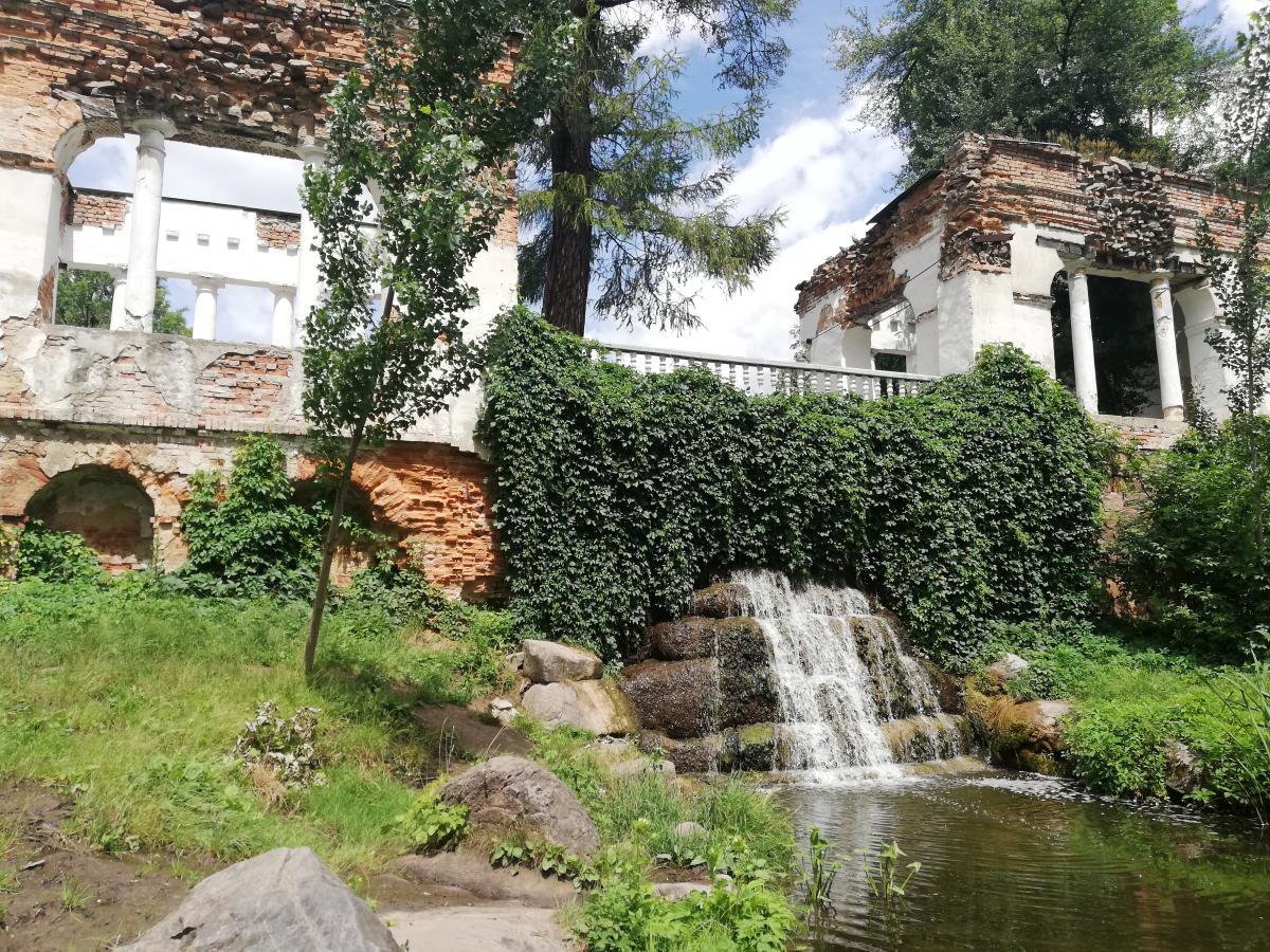 "Руїни в парку ""Олександрія"" / Фото Марина Григоренко"