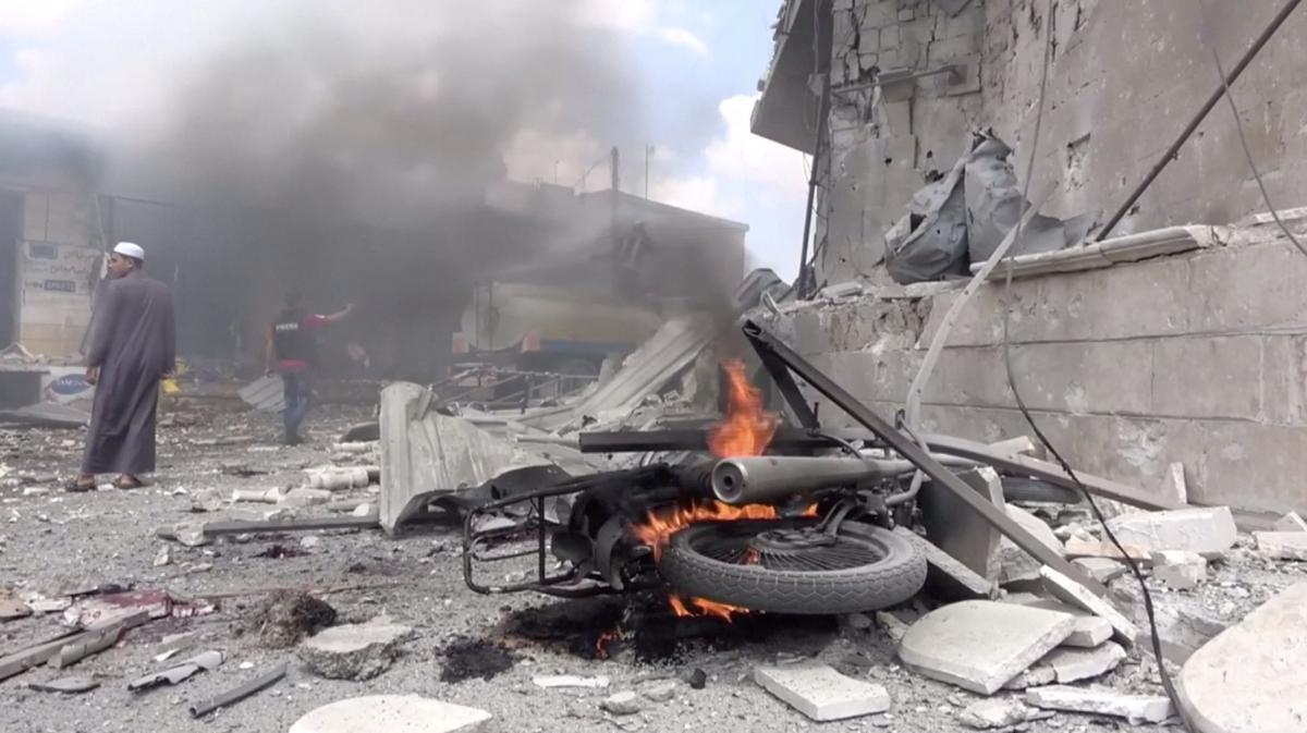 Асад, Россия и их союзники регулярно обстреливают район Идлиба / REUTERS