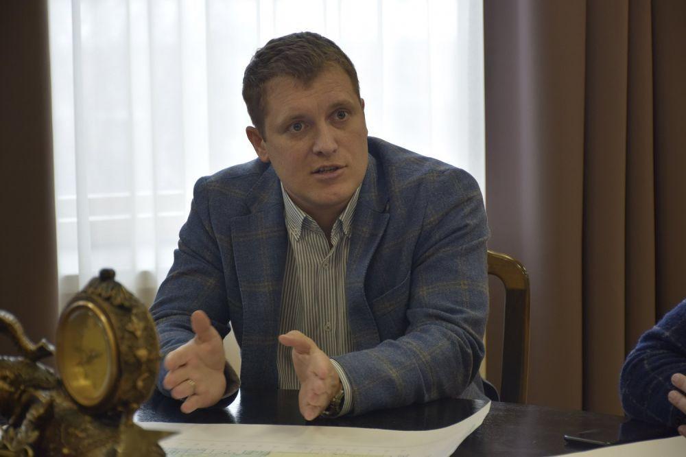 Коммерческий директор авиакомпании YanAir Тарас Стригуненко / фото пресс-служба Полтавской ОГА