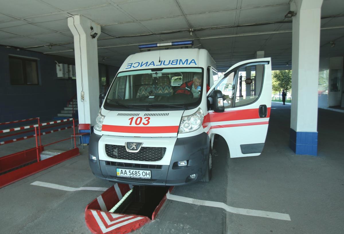 Женщину госпитализировали, однако спасти ее не удалось / фото УНИАН