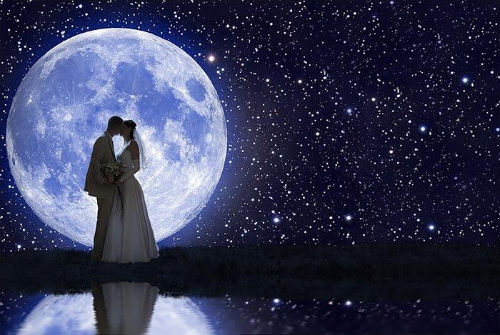 Правильно выбранная для свадьбы дата, утверждают астрологи, определит все будущуюсупружескую жизнь / фото: ratatum.com