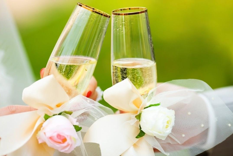 Свадьба в июне 2020 - благоприятные и неблагоприятные дни / фото svadbalist.ru