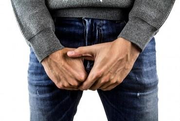 У Запоріжжі чоловік одягнув гайку на статевий орган і не зміг її зняти