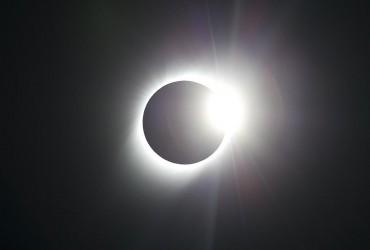 Сонячне затемнення в грудні: що не можна робити і як воно вплине на знаки Зодіаку