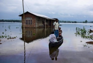 Жертвами наводнений в Индии стали около 50 человек