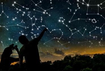 Гороскоп на 15 ноября: что ждет сегодня каждый знак Зодиака