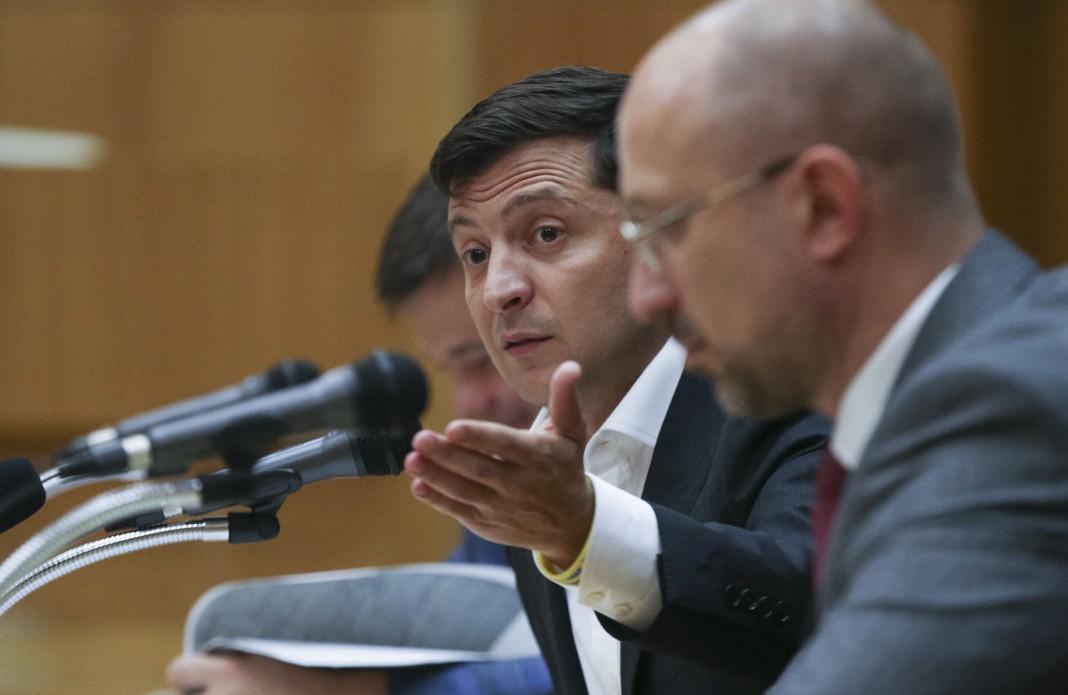 Зеленський оголосив догану двом заступникам керівника свого офісу / фото president.gov.ua