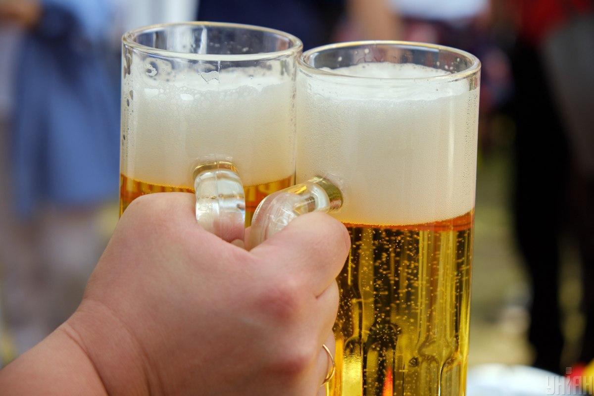 Сейчас в Украине ставка акциза на пиво определена за 1 л готовой продукции / фото УНИАН