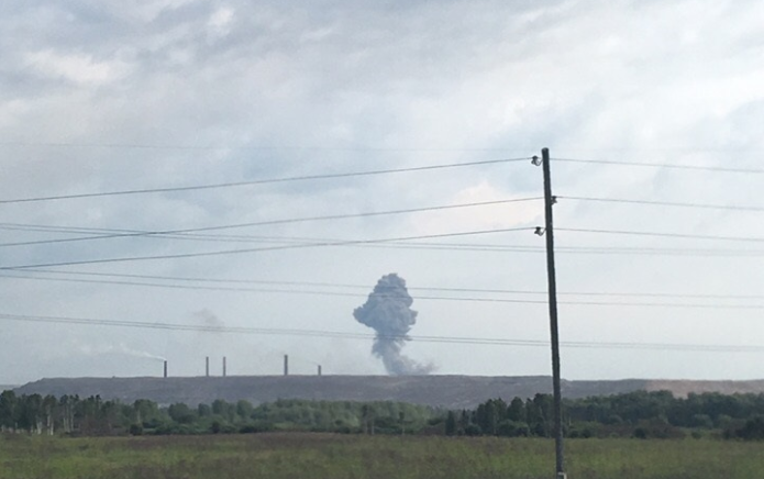 Стало известно о жертвах взрывов на арсенале под Красноярском / vk.com - Ачинск