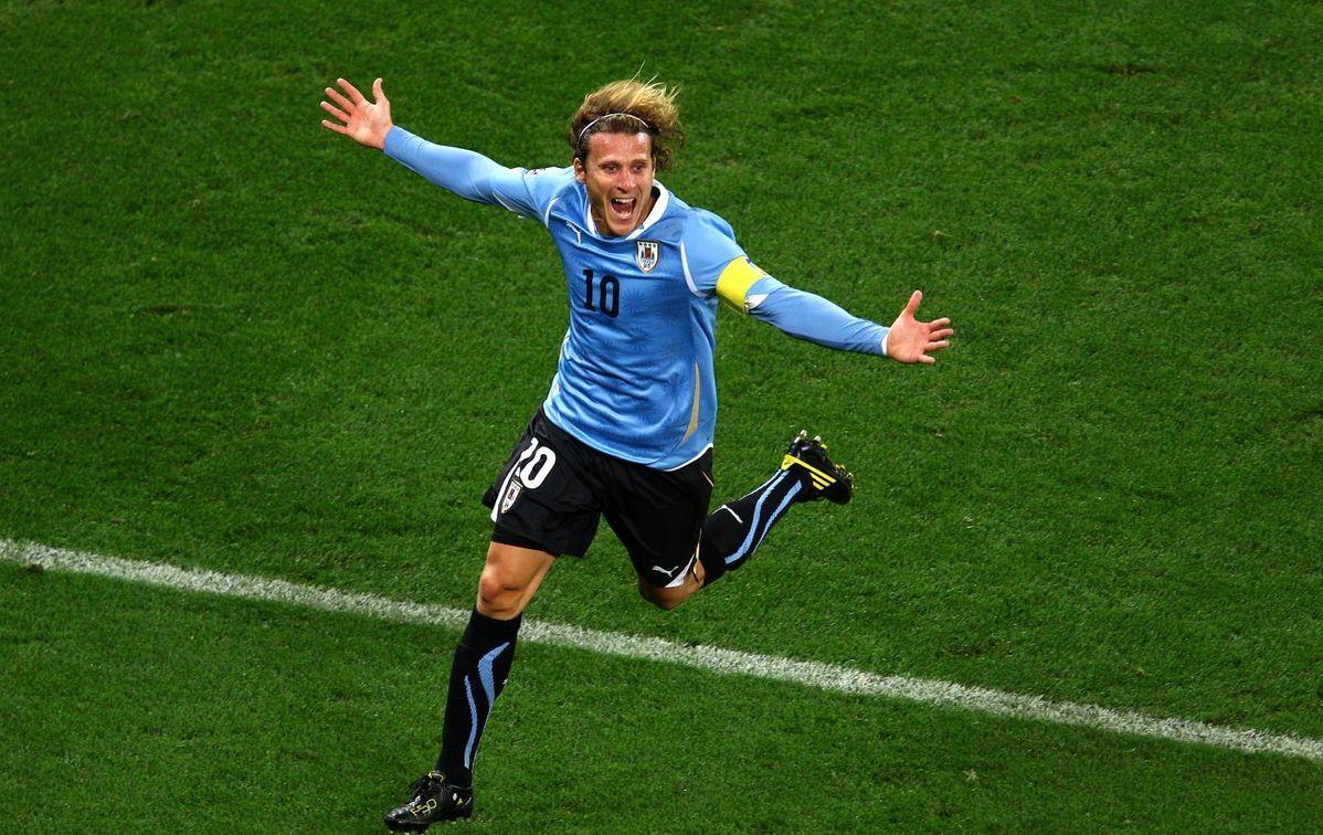 Дієго Форлан забив за збірну Уругваю 36 голів / фото: twitter.com/championsleague