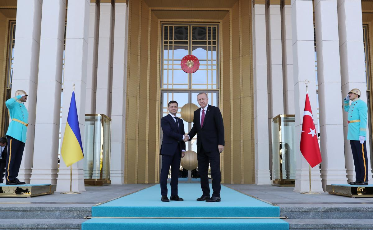 Реджеп Тайип Эрдоган и Владимир Зеленский / REUTERS