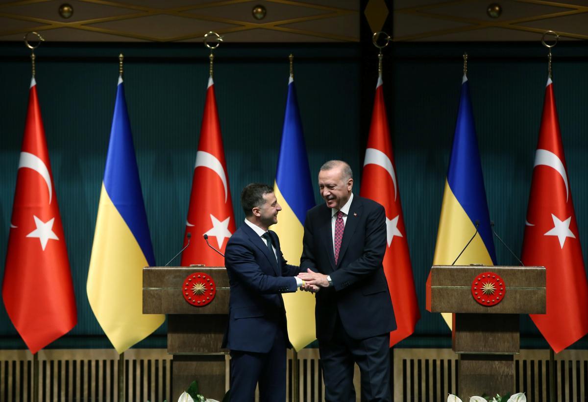 Реджеп Тайип Эрдоган и Владимир Зеленский обсудили сотрудничество в оборонной сфере / REUTERS