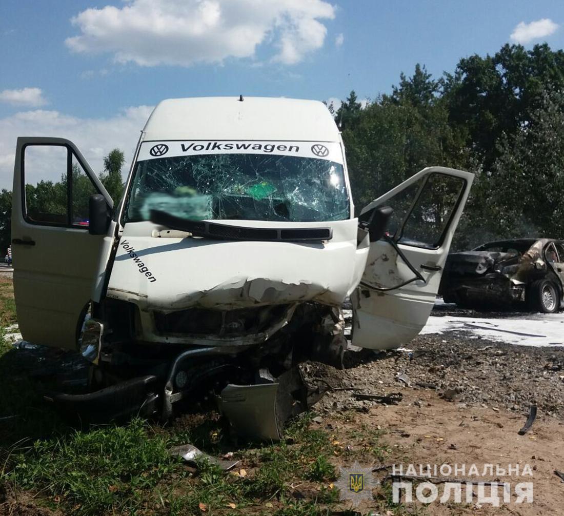 На месте происшествия работают следователи / фото: ГУ Нацполиции Житомирской области