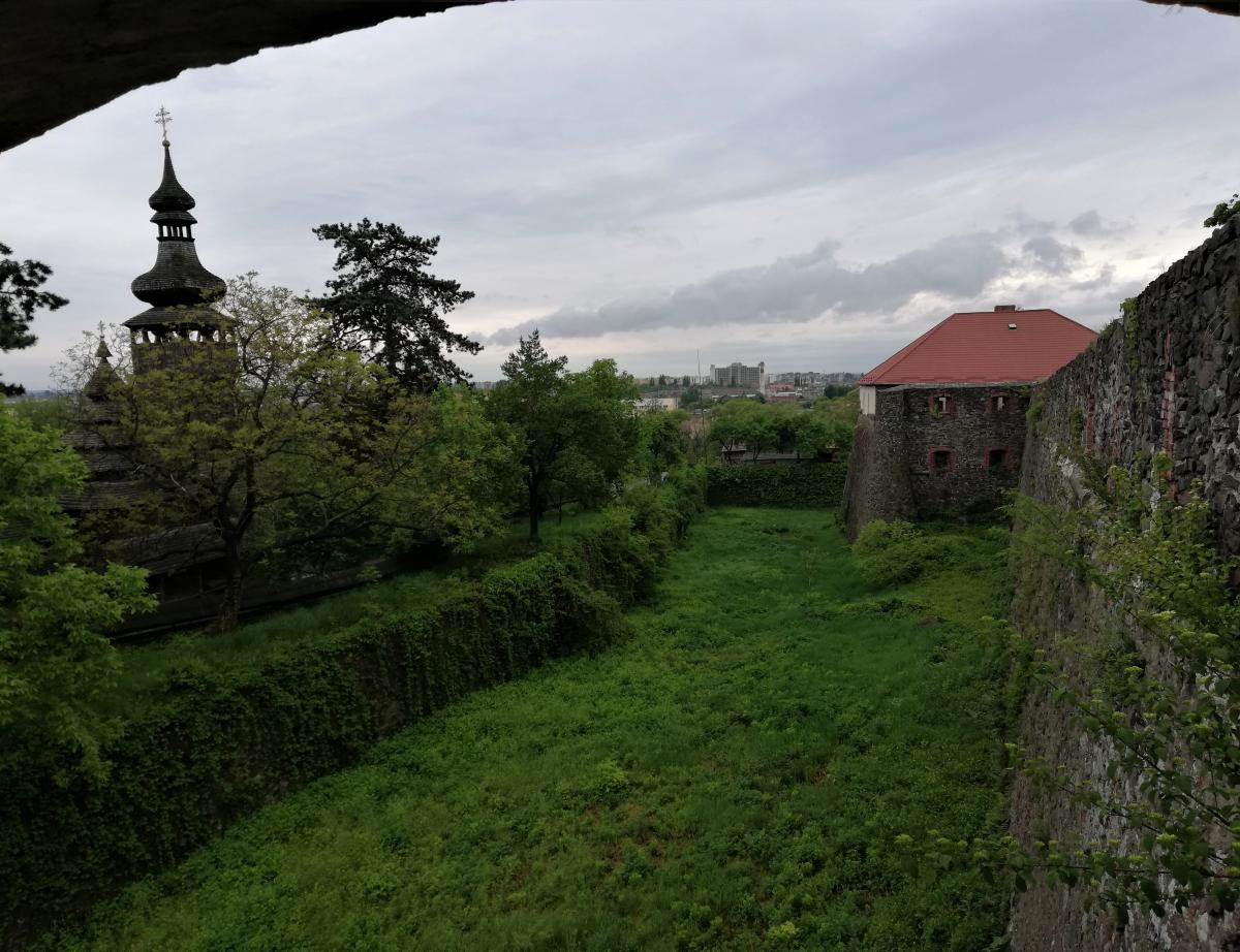 Стіни Ужгородського замку / Фото Марина Григоренко
