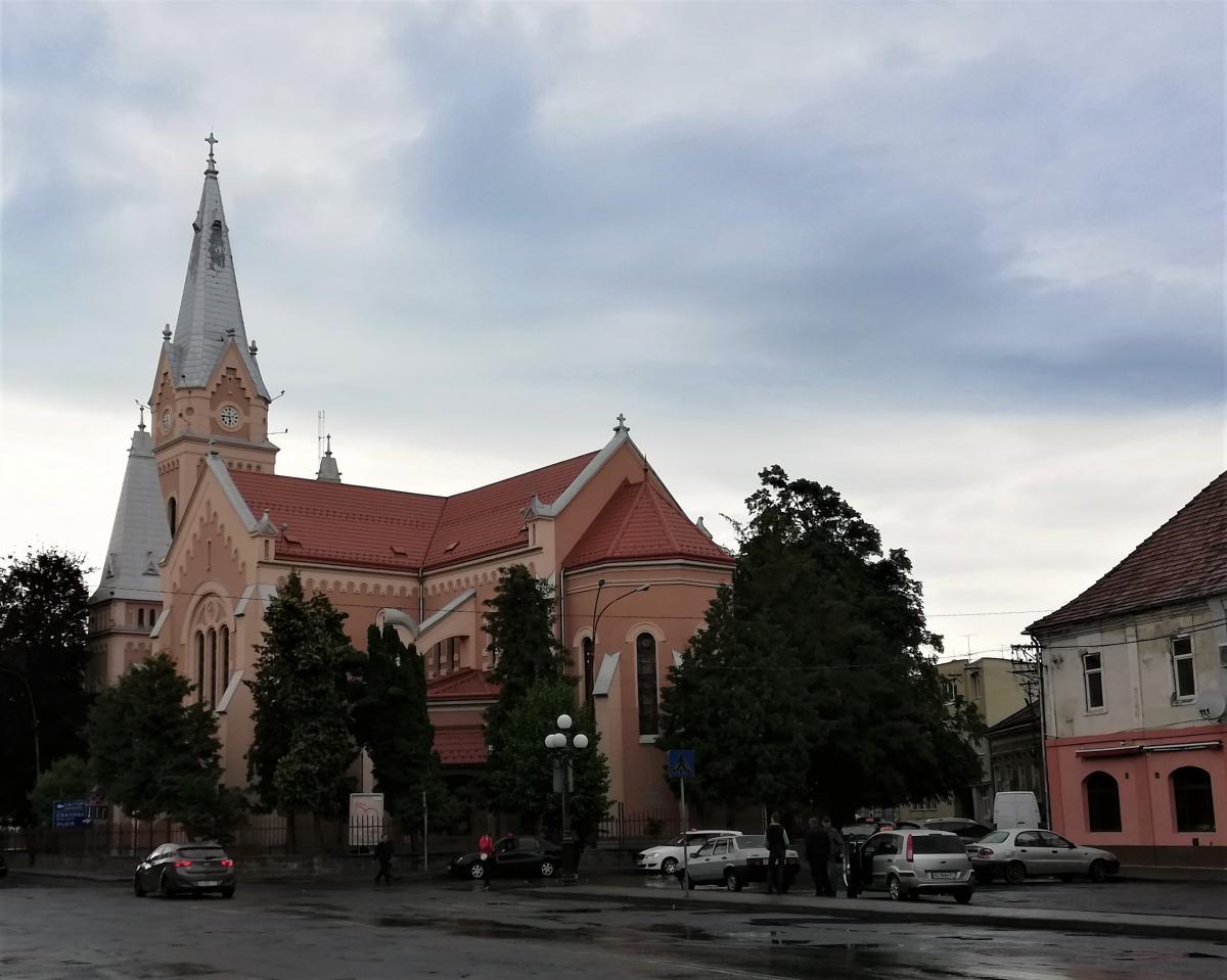 Костел святого Мартина в Мукачеві / Фото Марина Григоренко