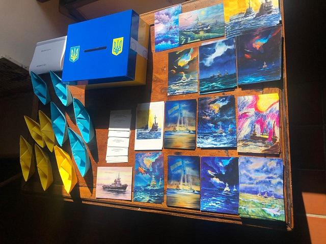 Відбувся також благодійний аукціон картин авторства ветеранів АТО/ООС / фото mfa.gov.ua