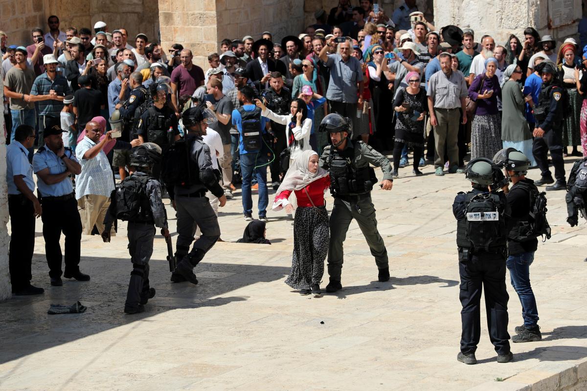 В Иерусалиме произошли новые стычки полиции и мусульман / REUTERS