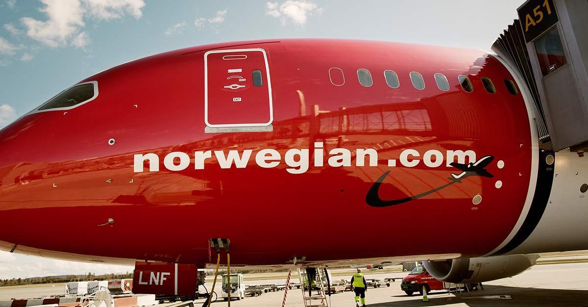 Літак авіакомпаніїNorwegian був змушений повернутися в аеропорт / фото: norwegian.com