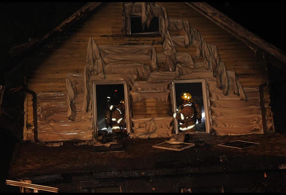 Причины возгорания не указываются / фото facebook.com/erie.firefighters