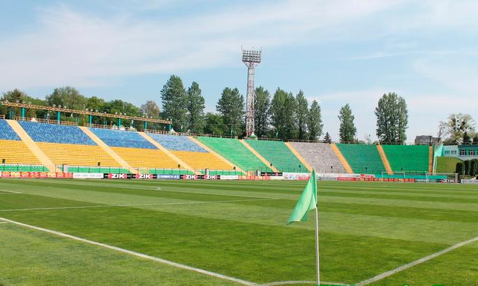 Матч проходил на стадионе Украина / фото: ФК Карпаты