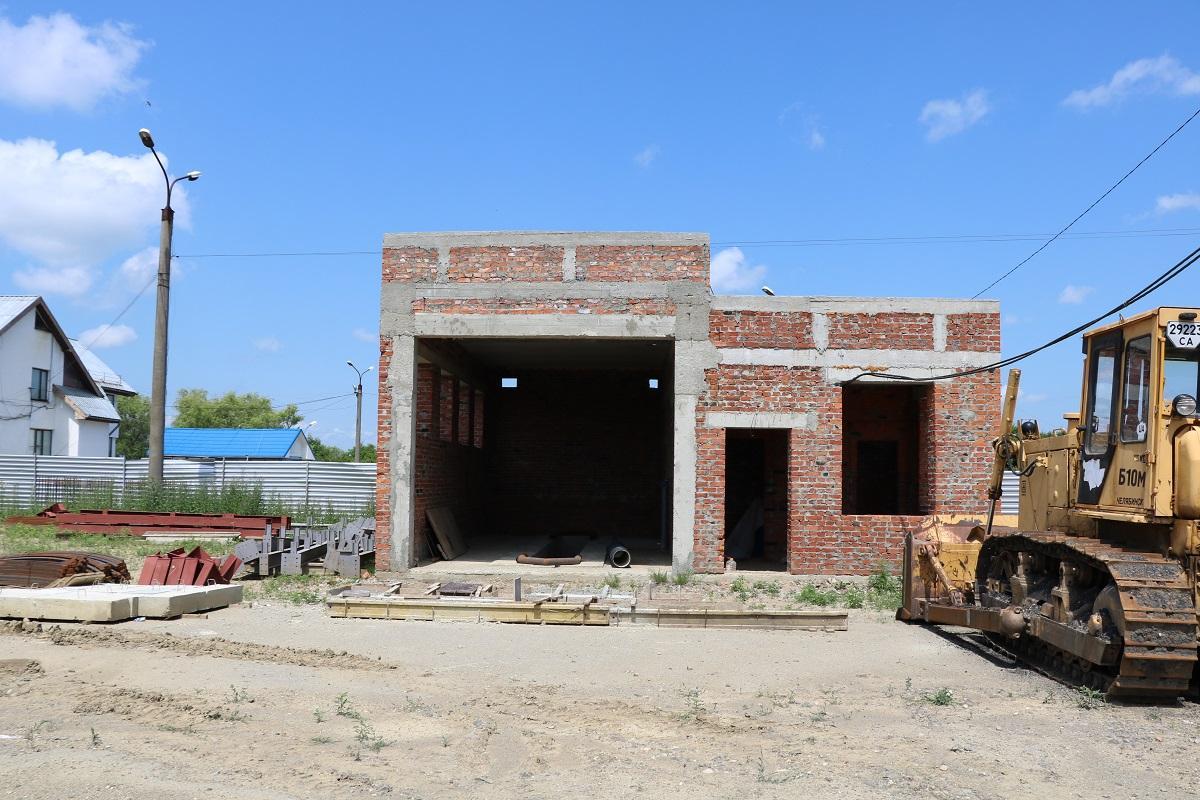 Наразі над реконструкцією МАПП «Лужанка» працює ТОВ «Черкасиміськбуд» / фото УНІАН