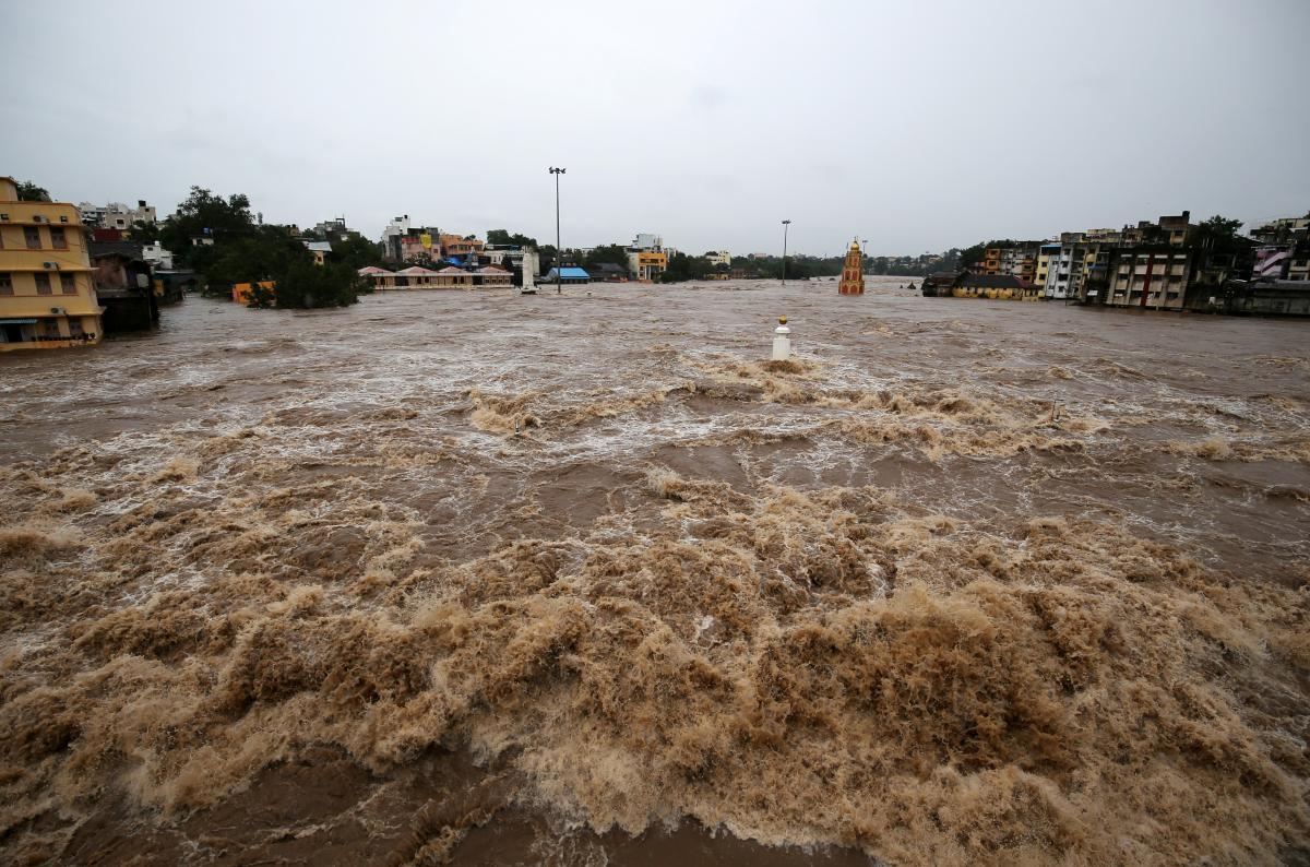 Наводнение в Индии / REUTERS