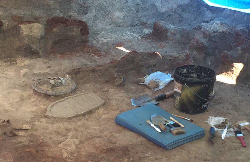 Серед знайдених речей найціннішими єкришталеві та сердолікові буси і золоті прикраси / фото з сайта central-ua.tv