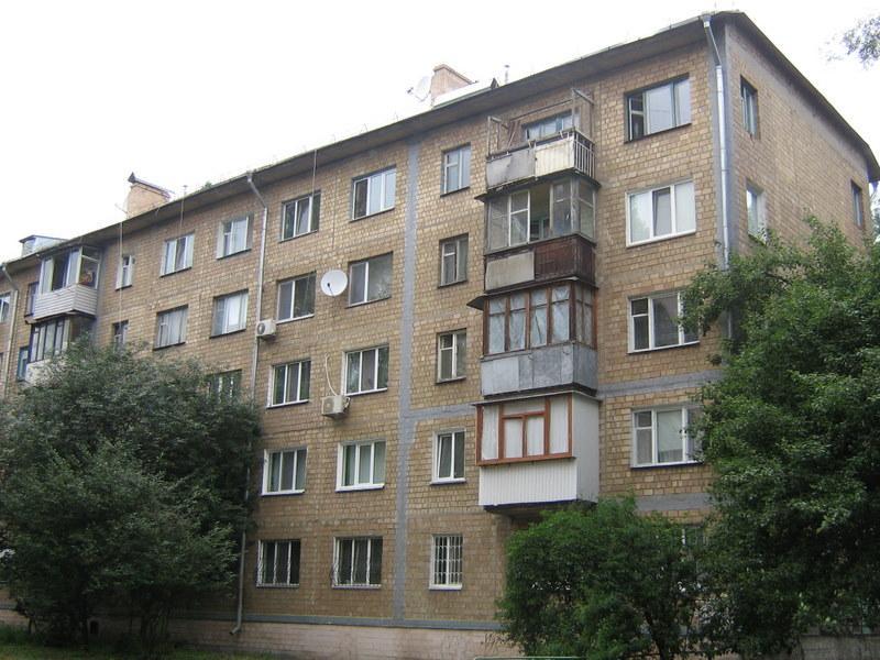 Кабмін планує взятися за аварійні хрущовки / фото wikimedia.org