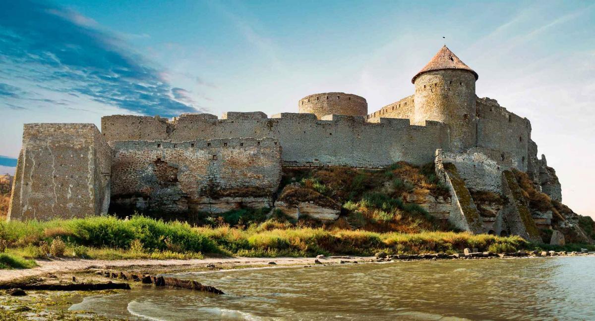 По словам руководителя КП «Фотреця» состояние Аккерманской крепости удовлетворительным не назовешь / Фото КП «Фортеця»