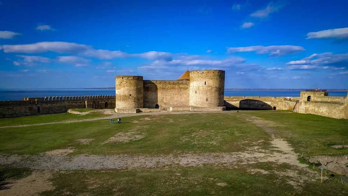 После трагической гибели туристки в Аккерманской крепости ввели ряд превентивных мер безопасности /Фото КП «Фортеця»