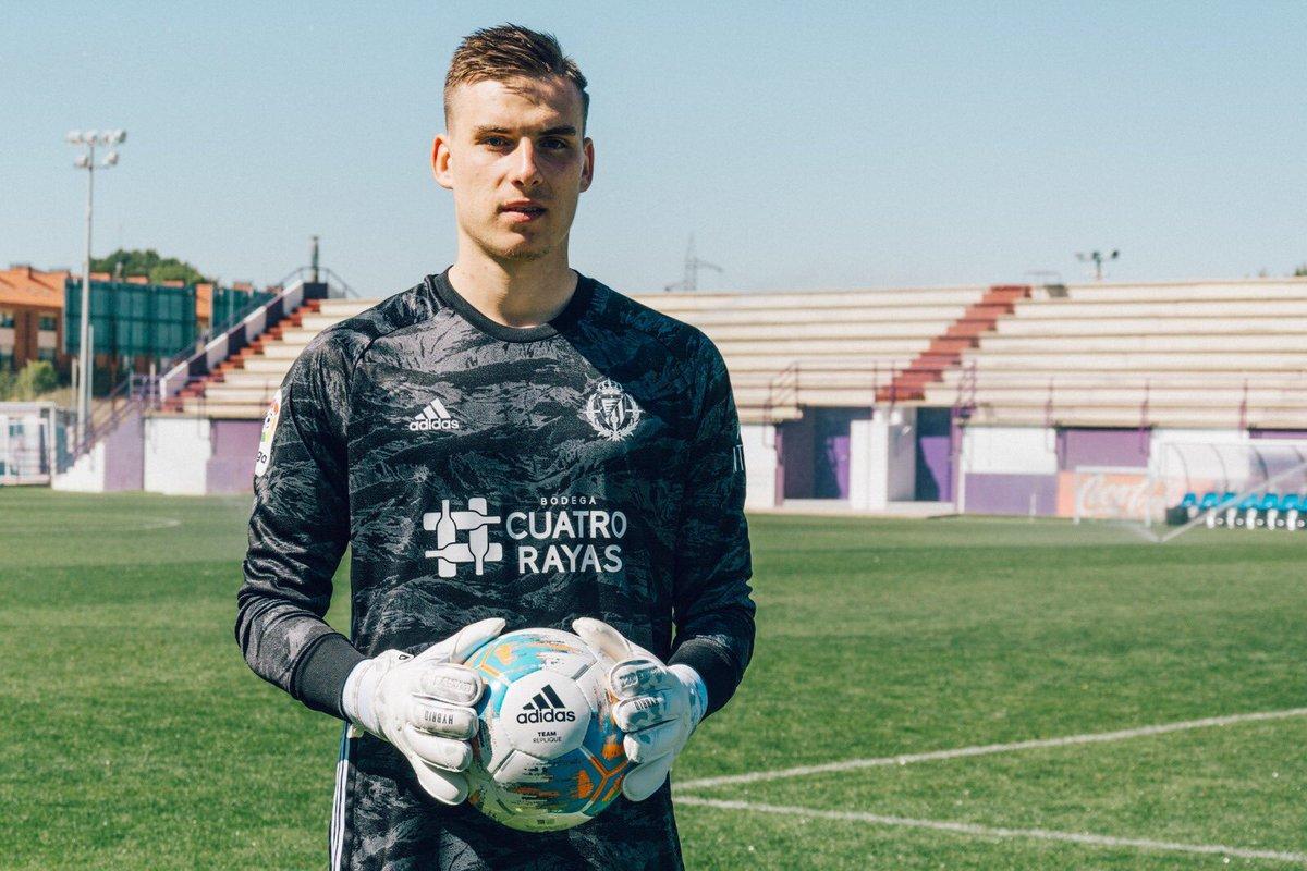 Лунин пока не нужен Реалу / фото: marca.com
