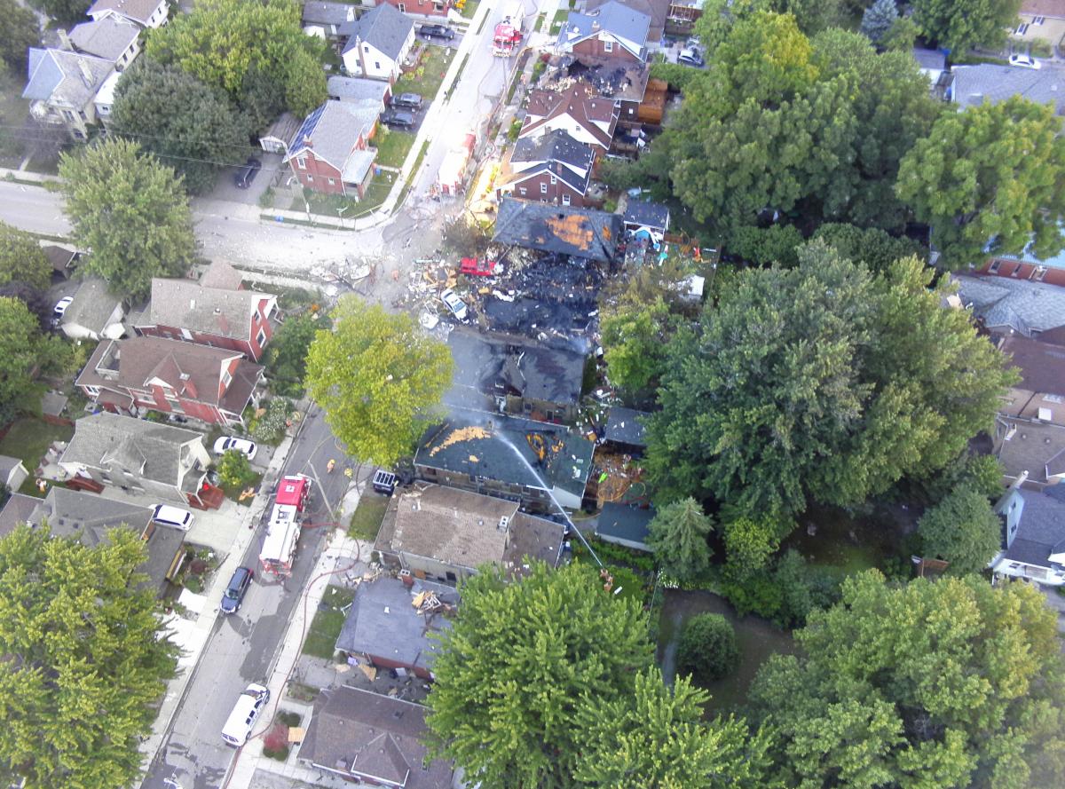 В Канаде в результате взрыва газа из-за ДТП разрушены 7 домов / фото twitter.com/lpsmediaoffice