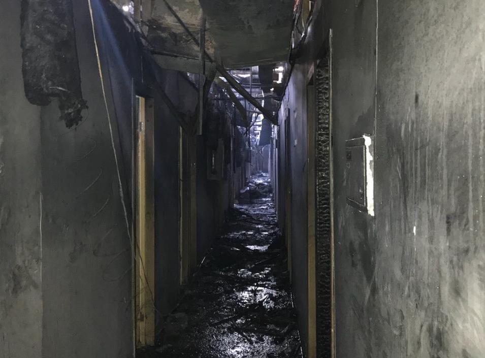 Поліція почала розслідування смертельної пожежі в одеському готелі / фото поліції