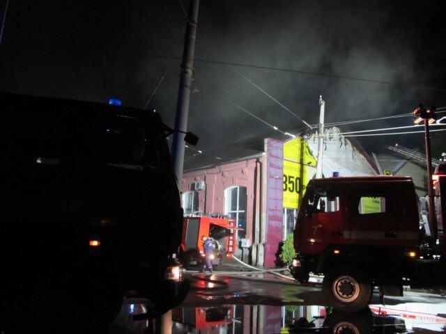 """В ніч на 17 серпня а одеському готелі """"Токіо Стар"""" сталася пожежа / фото ДСНС"""