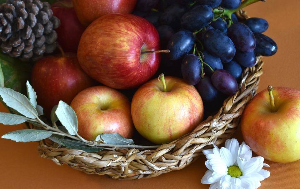 В Україні цього дня прийнято освячувати яблука, а в Греції та Ізраїлі - виноград /pixabay.com