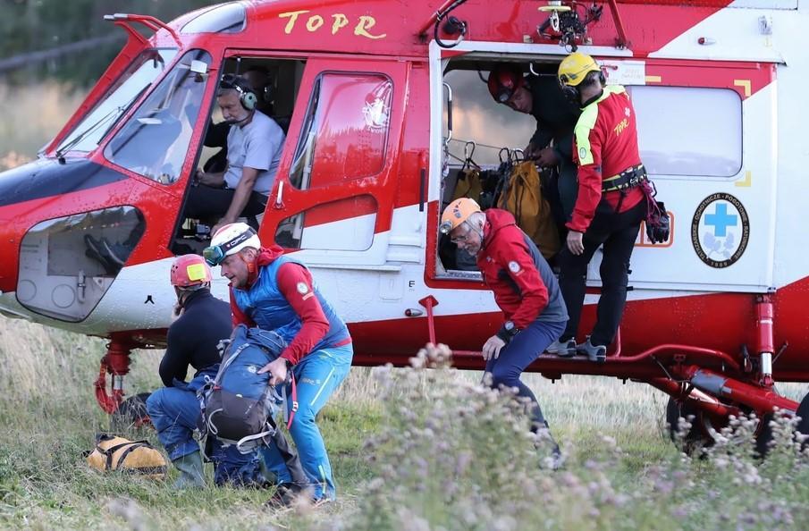 К спецоперации готовятся присоединиться эмчеэсникис вертолетами / Фото: RMF 24