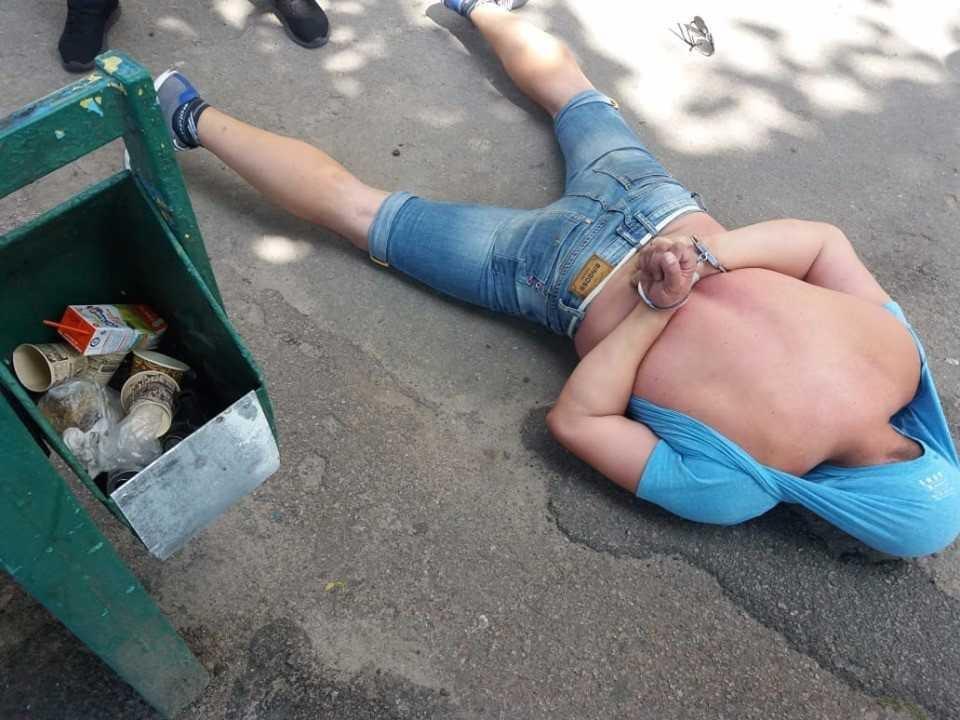 18 серпня озброєного зловмисника було затримано / фото  ГУНП у Житомирській області