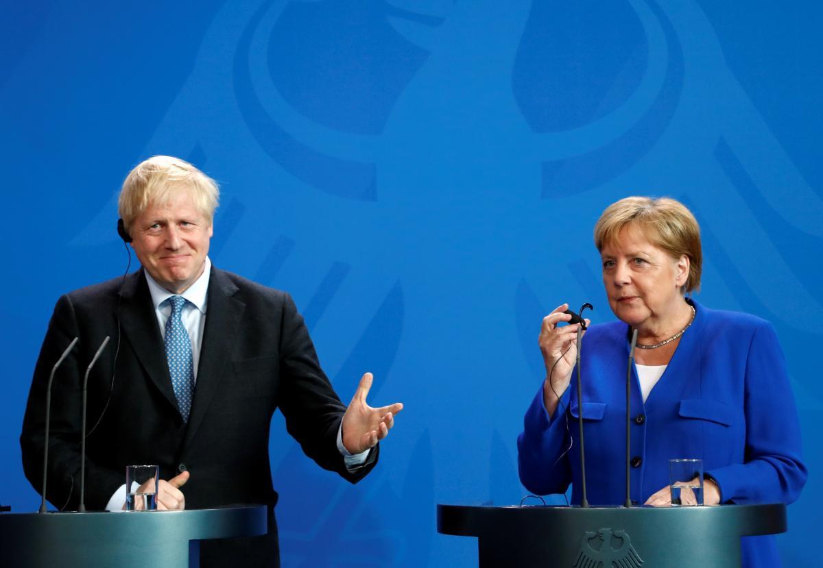 Меркель приняла Джонсона в Берлине / REUTERS
