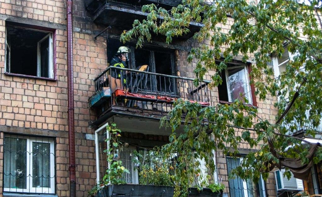У Києві горіла багатоповерхівка / фото kyiv.dsns.gov.ua