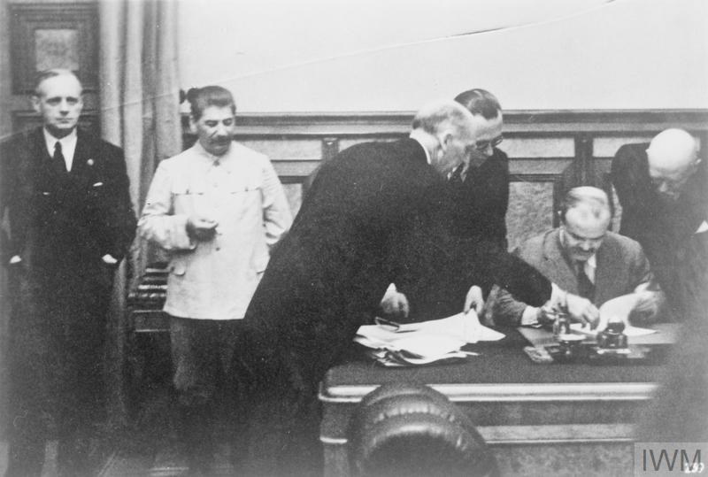 "Пакт ""Риббентропа-Молотова"" в глазах Москвы до сих пор оправдан / Imperial War Museums"