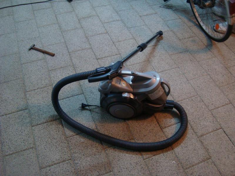 Электрический пылесос запатентовали в 1901 году / фото flickr.com/landii