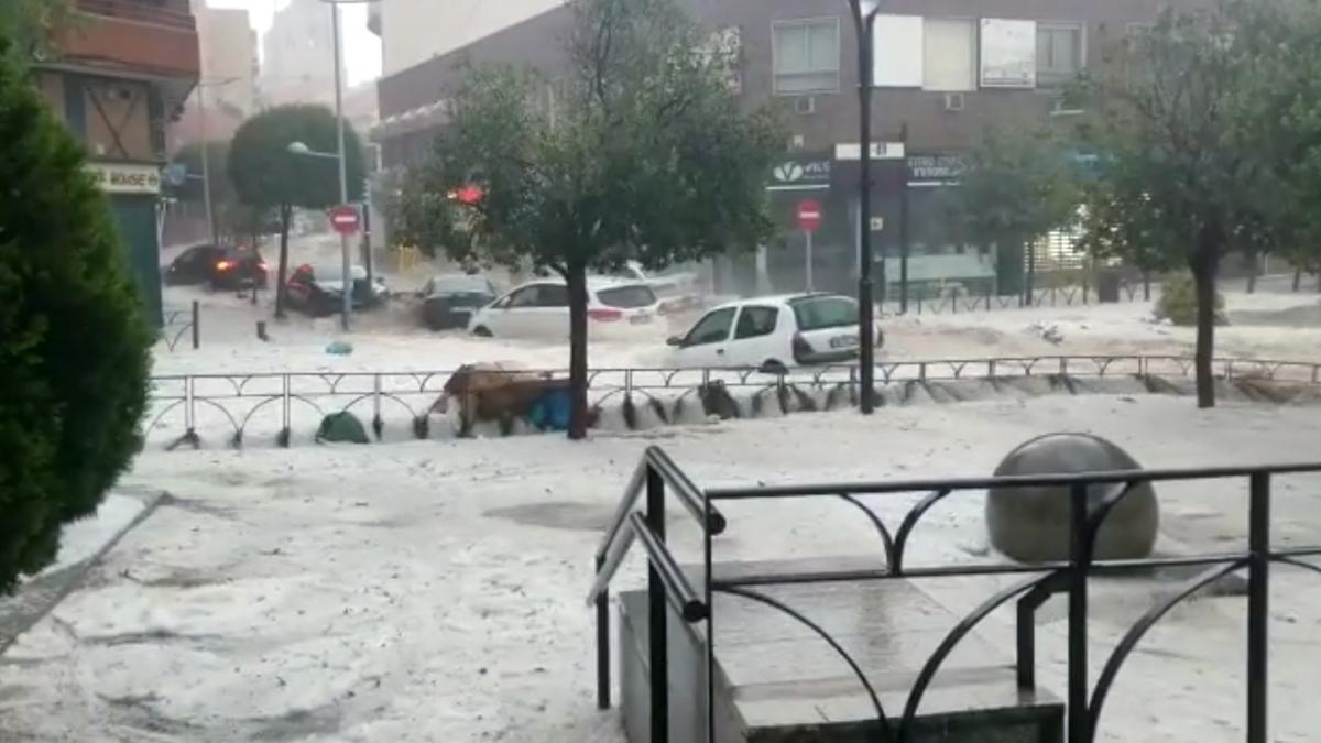 Ливни затопили улицы Мадрида / REUTERS