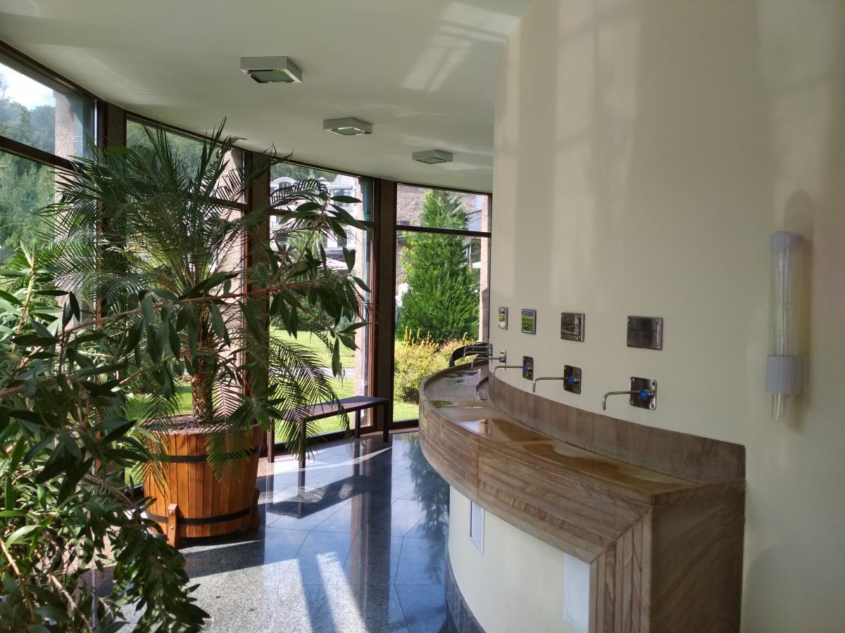 В комплексе есть бювет с минеральной и термальной водой / Фото УНИАН
