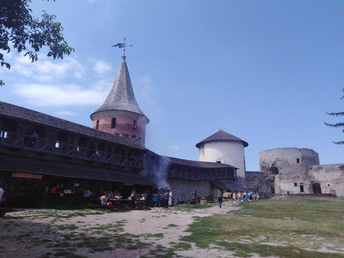 Pдесь нередко проводятся различные исторические фестивали / фото: Елена Броскова