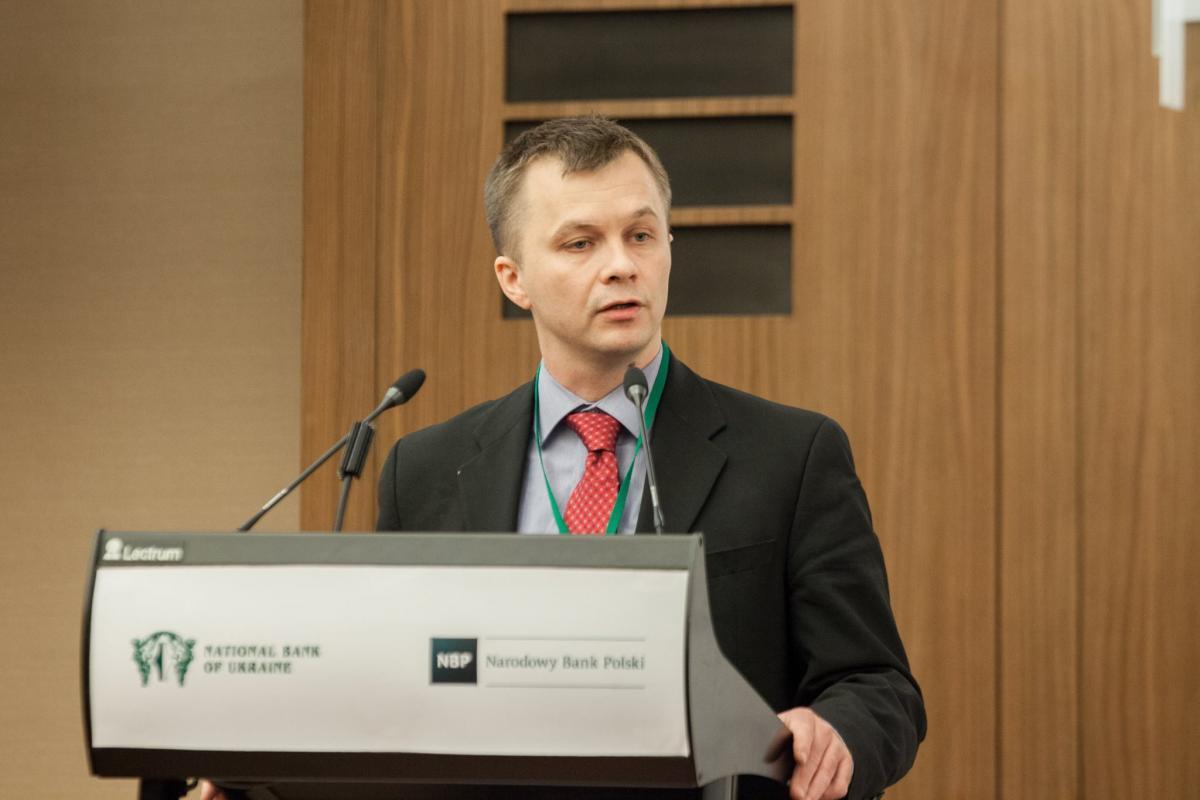 По словам министра Милованова, в экономической политике необходимо перейти на современный подход / фото Facebook НБУ